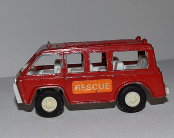 Tootsie Toy Bus, 1970, red metal die cast, vintage