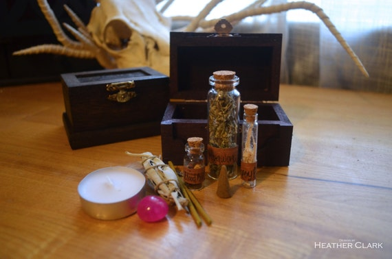 Miniature Fully Stocked Apothecary Kits