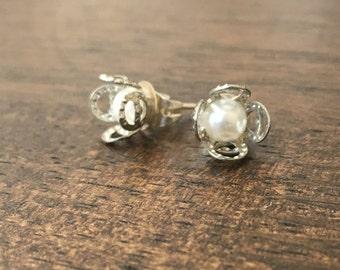 faux pearl floret earrings