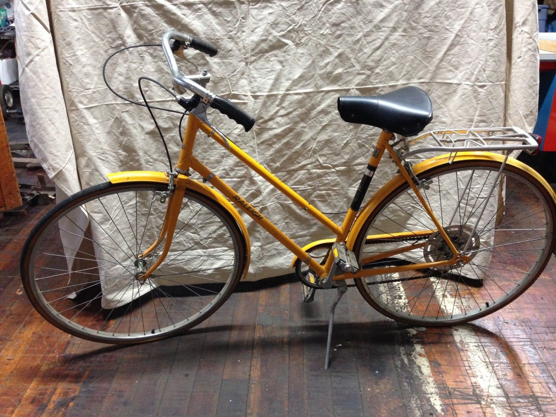 Vintage Raleigh Bicycle Womens Touring Bike Retro