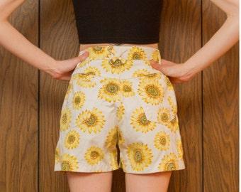 Vintage 90s Durango Sunflower Summer Yellow Brown Green Flower Print Daisy White Denim High Waist Zip Fly Button Jean Shorts Women S M