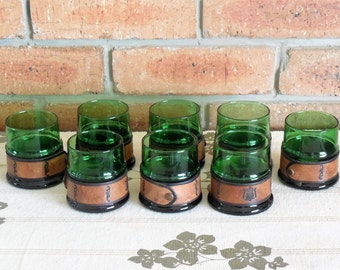 Green glass tumbler drinking glasses, removable leather grips, 1970s, set of 8, barware