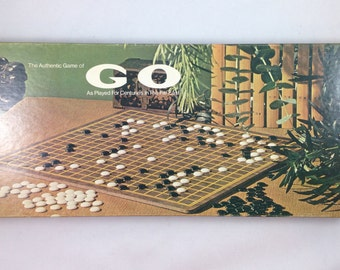 1977 board game GO strategy game - Strategy board game -  vintage Lowe game - The Authentic Game of GO  Played for Centuries in the Far East