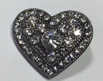 New! SILVER ANTIQUED HEART Snap...Clear Rhinestones throughout...