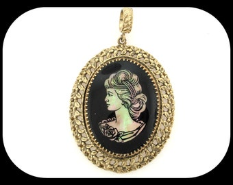 Vintage Cameo Mother of Pearl Onyx & Glass Filigree Gold Plated PENDANT