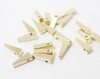 P0334/Anti-Tarnished Gold Plating Over Brass/Triangle Charm Pendant/4x10mm/4pcs
