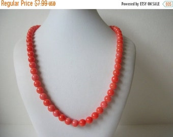ON SALE Vintage Coral Salmon Shades Glass Necklace 898