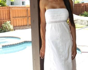 """Organic Cotton Strapless Crochet Open Back """"Madelle"""" Short Dress"""