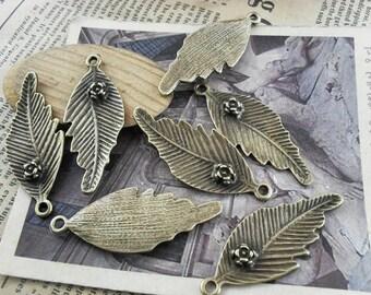10 Leaf Charms Antique Bronze Tone Flower Charm - WS761