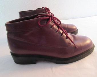 Vintage Burgundy Ankle Shoes - Size 8