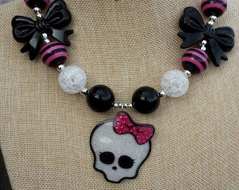 Skull and Bows Chunky Necklace