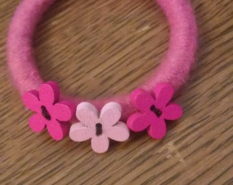 Ponytail holder, pink with pink wooden buttons