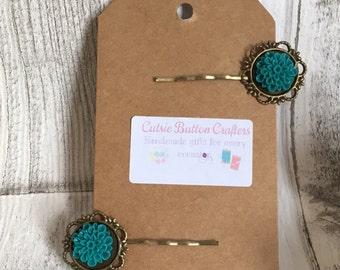 Vintage cameo hair pins/ bobby pins