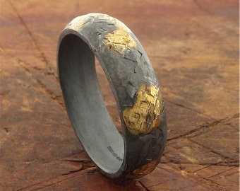 Rustic gold and black silver mens wedding band 6mm wide hammered surface.