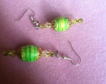 Paper Bead Earrings ! Lemon - Lime Color ! Hand Made !