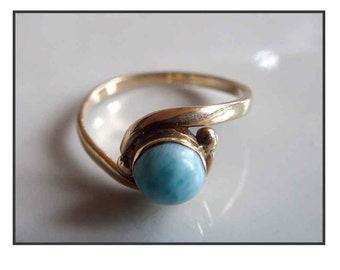GOLD & TURQUOISE RING / ring 14 K gold and Turquoise.