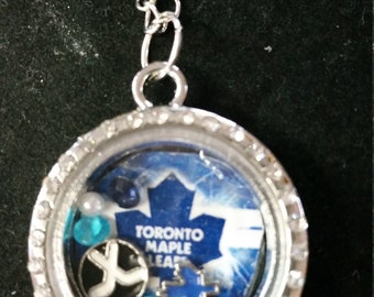 Toronto maple leafs floating locket
