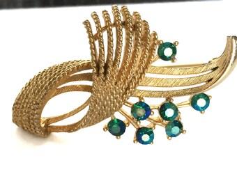 Vintage Lisner brooch green aurora borealis rhinestones gold tone