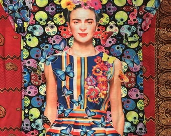 Frida Kahlo t-shirt with butterfly background