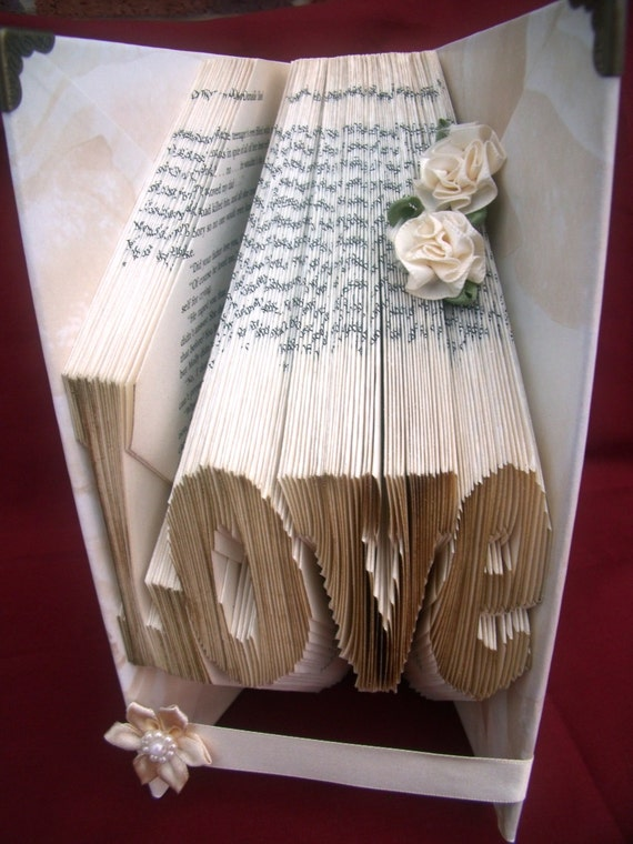 Wedding Gifts For Art Lovers : Special Wedding Gift for Book Lovers Word Love 3D Book Art Sculptur...