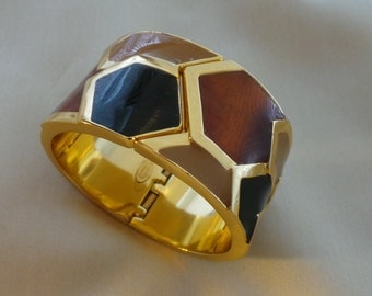 Lanvin - spring closure - vintage enameled gold brass Cuff Bracelet
