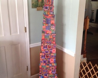 Set of Nesting Boxes