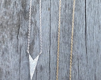Arrow charm necklace with cubic zirconia