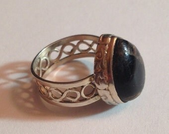 Beautiful natural stone and sterling silver ring size 8 1/2