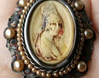 Vintage Spanish Senorita Cameo Brooch Victorian Filigree Brooch Art Nouveau Cameo Brooch Spanish Modernist Modernista Jewelry