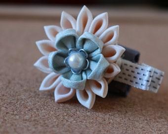 Tsumami Kanzashi Flower Hair Clip