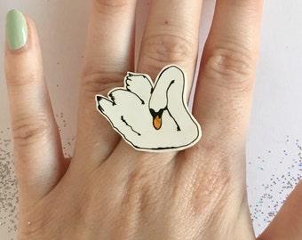 Swan Ring adjustable white