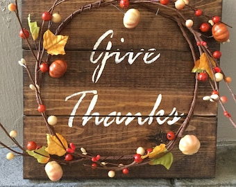 Rustic Fall Wood Pallet Sign w/ berry pumpkin garland, fall decor, fall home decor, fall decoration, fall sign, give thanks