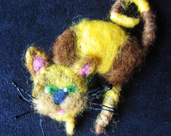Woolen brooch - Orange cat, cat.