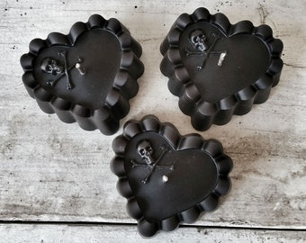Black Beeswax Heart Candles - Memento Mori Skull & Crossbones - PACK OF 3