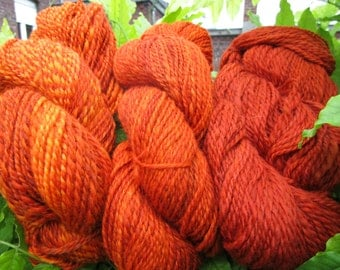 "Painted and spun wool at the spinning wheel in gradient of oranges ""l"