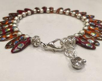 Reduced - Asian daggers beaded bracelet