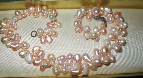 Lovely new handmade genuine freshwater pink rainbow pearl necklace