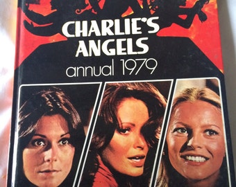 Charlie's Angels - 1970s TV book - kitsch 70s book - Jaclyn Smith - Cheryl Ladd - Kate Jackson - Farrah Fawcett