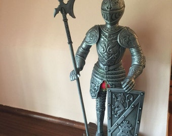 ARMADURA Siglo XVI Vintage Medieral Knight in Armour Figure Statue 'RARE'