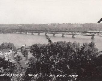 Keokuk, Iowa Vintage Postcard - The Mississippi River, Keokuk-Hamilton Rail Bridge Real Photo Postcard