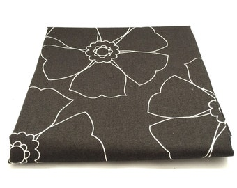 Black & White 1/2 Yard Fabric / Emperor's Garden Collection / Maywood Studio