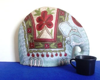 Insulated Tea Cosy - Tea Cozy - elephant tea cozy - Tea Pot Cosy, Coffee Cosy I knitted tea cosie I suflower elephant tea coxy I