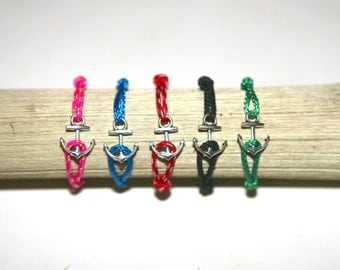 Anchor bracelet with marine cord