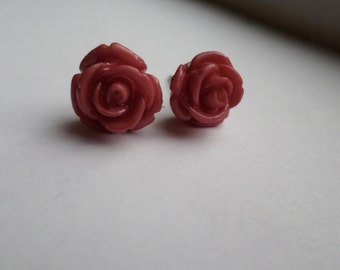 Rose Studded Earrings