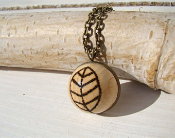 woodland necklace, wooden necklace, wooden pendant, pyrography pendant, pyrography necklace, woodburned pendant, natural pendant