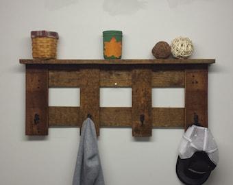 Rustic pallet wood coat hanger with shelf