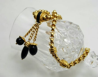 TRIFARI Black Glass Necklace