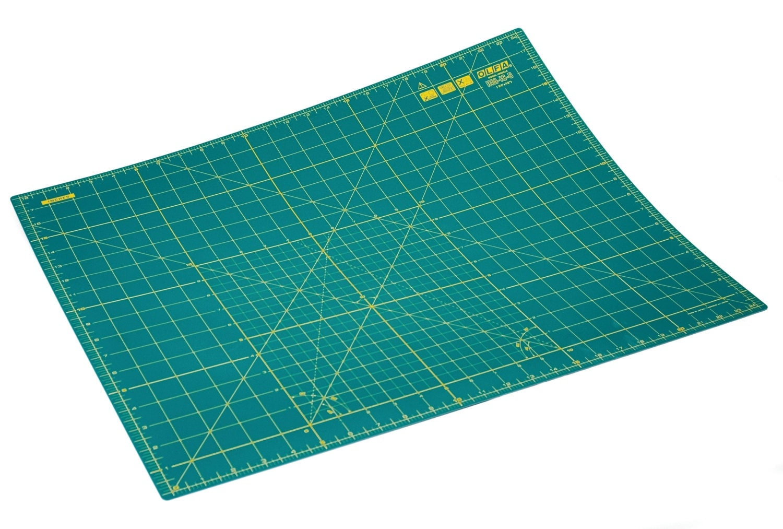 Olfa Rotary Cutting Mat Medium 610mm X 460mm 24 Inch X 18