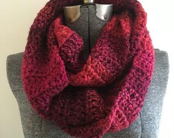 Crochet Infinity Scarf - Berry / Gift for mom, sister, grandma, friend