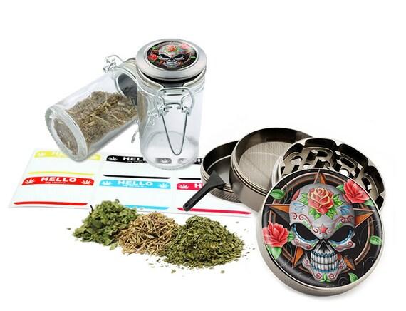 "Sugar Skull - 2.5"" Zinc Alloy Grinder & 75ml Locking Top Glass Jar Combo Gift Set Item # G021615-040"